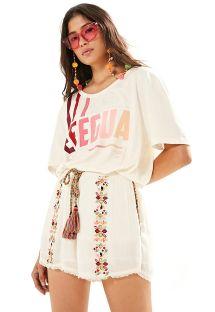 白いエスニック柄の刺繍入りショーツ - SHORT BORDADO