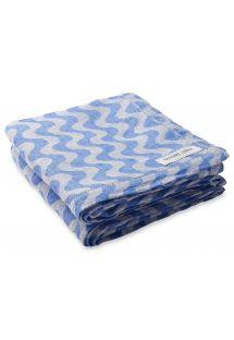 Stort håndklæde i linned med blåt bølgemønster - TOWEL COPACABANA BLUE