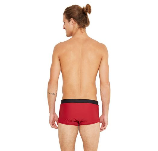 Red swim trunks - COS DIVINO
